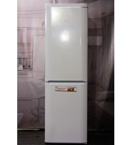Холодильник Hotpoint-Ariston RMBA 2200.L